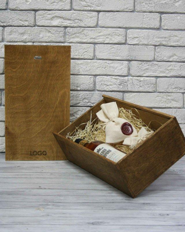 Деревянная упаковка для корпоративных подарков