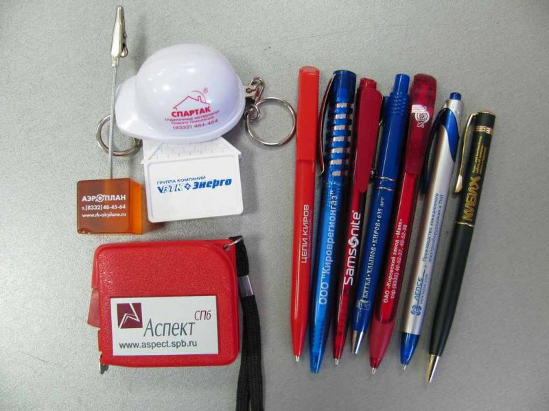 Тампопечать на пластике (ручки, зажигалки, брелоки)